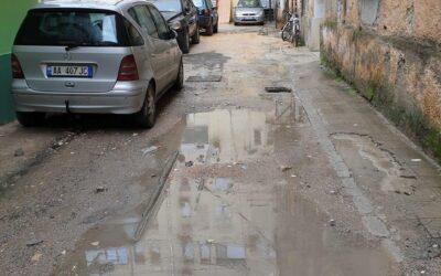 Rrugicat e Tiranes qe kerkojne diell… pak llafe e shume pune!
